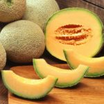calories in cantaloupe melon