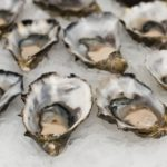 calories in oysters