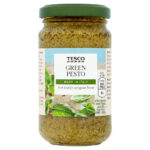 Calories in Tesco Green Pesto Made in Italy